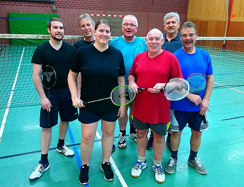 Die Kerntruppe der Sparte Badminton im SV Linsburg